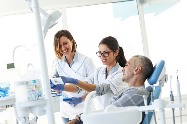 Wisdom Tooth Extractions: How Do You Know If Your Wisdom Teeth Need To Come Out?
